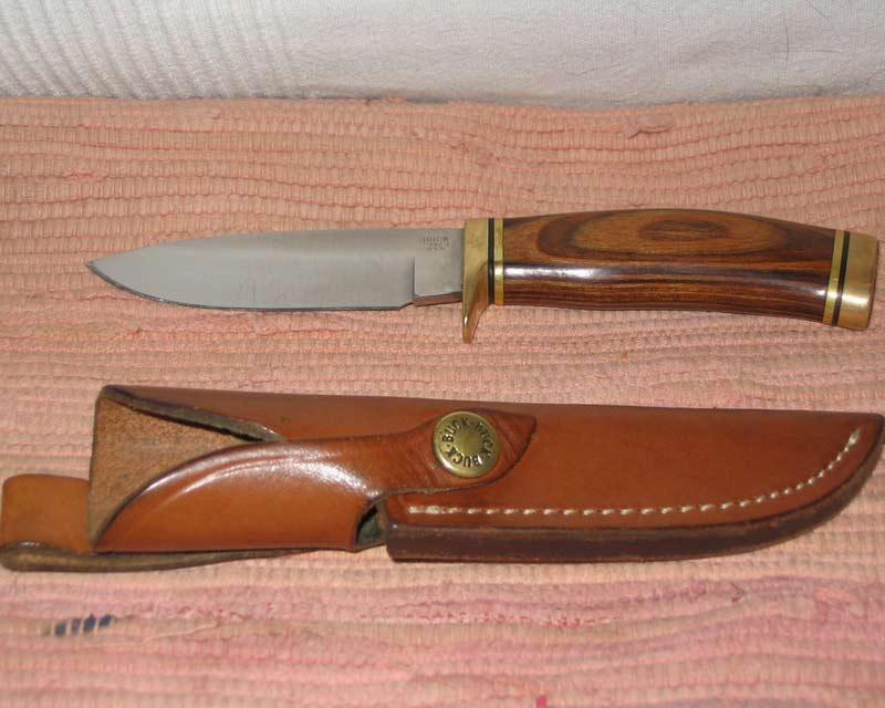 МОРА 2000 - очень неплохой нож, но не всякому челевеку по-руке.